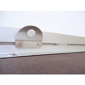 3 x V2A-Befestigungspunkte im Boden-Wand-Profil rechts, links und in Stirnwand zusätzlich